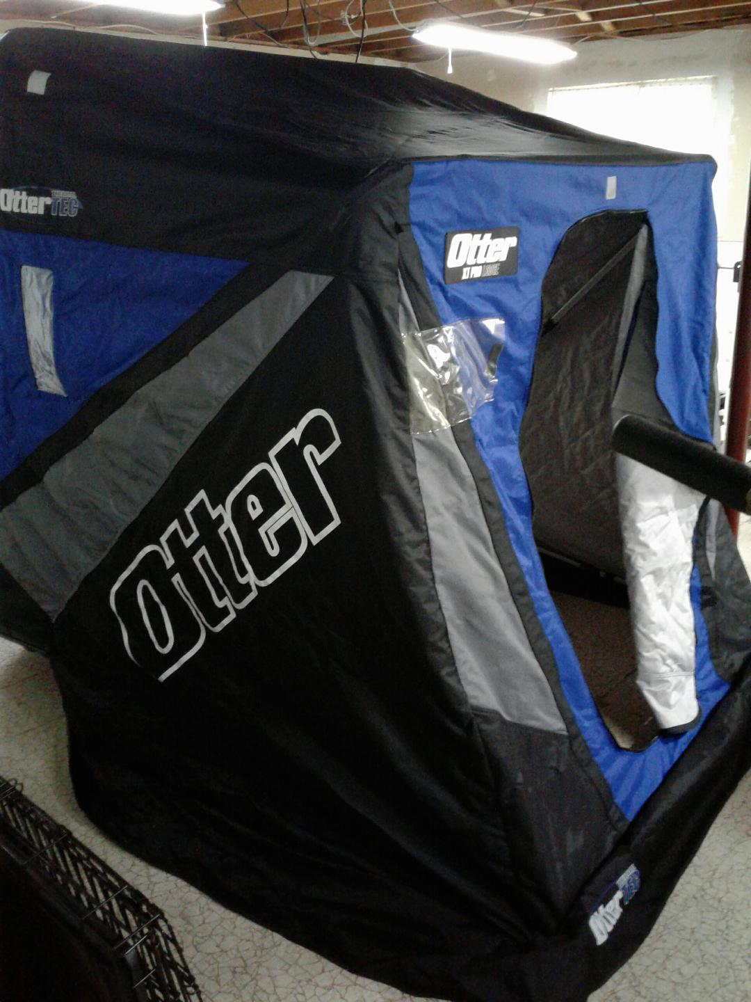 Otter Outdoors XT Pro Lodge Ice Shelter with accessories 750 obo